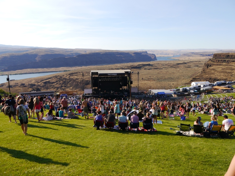 The stage seen from the top of the hill.